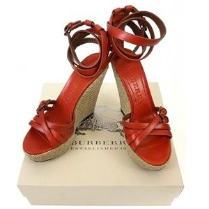 🔥NIB Burberry Devon Bridle Wedge Sandals Sz  US 9